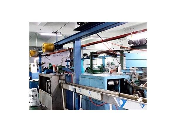 深圳数据线工厂代加工需要哪些生产设备