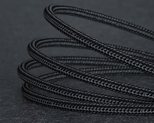 尼龙编织数据线材质